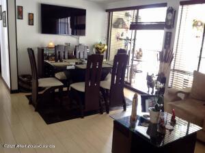 Apartamento En Ventaen Bogota, La Campina Suba, Colombia, CO RAH: 22-1378