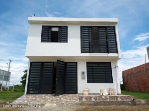 Casa En Arriendoen Flandes, Vereda Topacio, Colombia, CO RAH: 22-1387