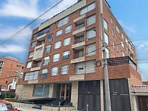 Apartamento En Ventaen Bogota, Chico Norte, Colombia, CO RAH: 22-1394