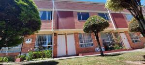 Casa En Ventaen Bogota, Portales Del Norte, Colombia, CO RAH: 22-492