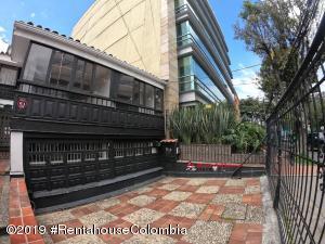 Oficina En Ventaen Bogota, Chico, Colombia, CO RAH: 22-1444