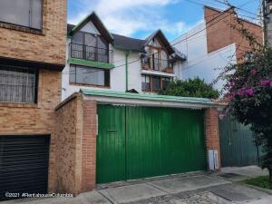 Casa En Ventaen Bogota, Villa Magdala, Colombia, CO RAH: 22-1402
