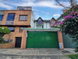 Casa En Arriendoen Bogota, Villa Magdala, Colombia, CO RAH: 22-1403