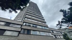 Apartamento En Ventaen Bogota, Los Rosales, Colombia, CO RAH: 22-1404