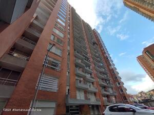 Apartamento En Arriendoen Bogota, Chapinero Alto, Colombia, CO RAH: 22-1406
