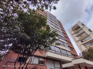 Apartamento En Arriendoen Bogota, El Nogal, Colombia, CO RAH: 22-1410