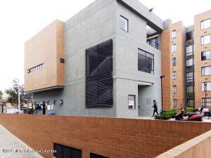 Apartamento En Ventaen Chia, Vereda Bojaca, Colombia, CO RAH: 22-1413