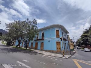 Casa En Arriendoen Bogota, La Candelaria, Colombia, CO RAH: 22-1423
