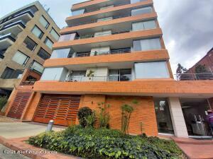 Apartamento En Ventaen Bogota, Santa Barbara Occidental, Colombia, CO RAH: 22-1434