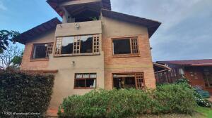 Casa En Ventaen Cota, Vereda El Abra, Colombia, CO RAH: 22-1437