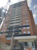 Apartamento En Ventaen Envigado, Senorial, Colombia, CO RAH: 22-1459