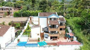Casa En Ventaen Bucaramanga, Lagos Del Cacique, Colombia, CO RAH: 22-1476