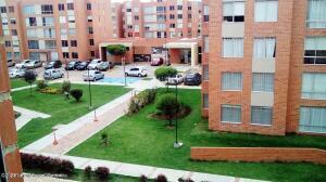 Apartamento En Arriendoen Cajica, La Estacion, Colombia, CO RAH: 22-1474