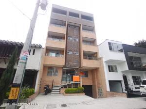 Apartamento En Ventaen Medellin, Belen Rosales, Colombia, CO RAH: 22-1499