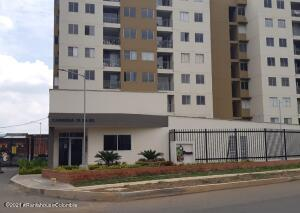 Apartamento En Arriendoen Jamundi, Pangola, Colombia, CO RAH: 22-1511