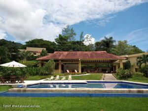Casa En Ventaen Villeta, Vereda Payande, Colombia, CO RAH: 22-1509