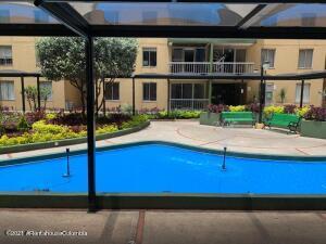 Apartamento En Ventaen Bogota, Modelo Norte, Colombia, CO RAH: 22-1513