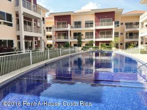Apartamento En Alquileren San Rafael Escazu, Escazu, Costa Rica, CR RAH: 16-142