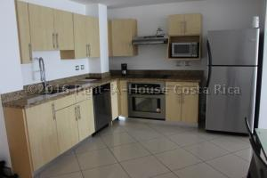 Apartamento En Alquileren Trejos Montealegre, Escazu, Costa Rica, CR RAH: 16-420