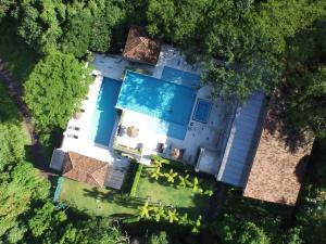 Casa En Ventaen Altos Paloma, Santa Ana, Costa Rica, CR RAH: 16-617