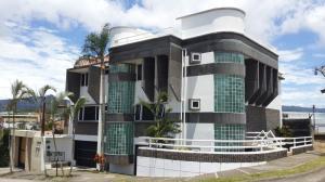 Edificio En Ventaen Curridabat, Curridabat, Costa Rica, CR RAH: 16-644