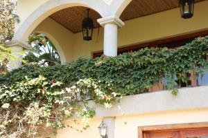 Casa En Ventaen Santa Ana, Santa Ana, Costa Rica, CR RAH: 17-25