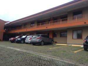 Apartamento En Ventaen Curridabat, Curridabat, Costa Rica, CR RAH: 17-53