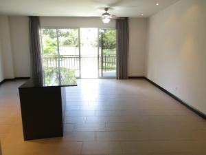 Apartamento En Alquileren Escazu, Escazu, Costa Rica, CR RAH: 17-79