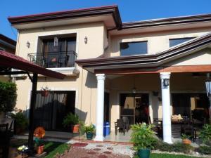 Casa En Ventaen Ciudad Cariari, Belen, Costa Rica, CR RAH: 17-175