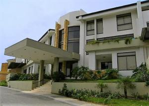 Apartamento En Ventaen Santa Ana, Santa Ana, Costa Rica, CR RAH: 17-189