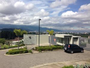 Terreno En Ventaen San Juan, La Union, Costa Rica, CR RAH: 17-246
