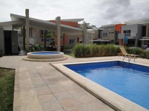 Casa En Ventaen Santa Ana, Santa Ana, Costa Rica, CR RAH: 17-401