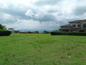Terreno En Ventaen La Guacima, Alajuela, Costa Rica, CR RAH: 17-415