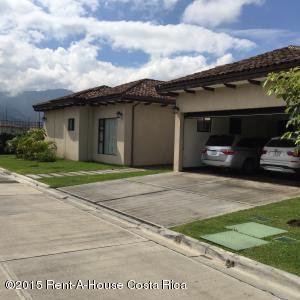 Casa En Ventaen Santa Ana, Santa Ana, Costa Rica, CR RAH: 17-482