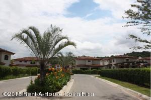 Casa En Ventaen Santa Ana, Santa Ana, Costa Rica, CR RAH: 17-752