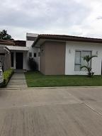 Casa En Ventaen Santa Ana, Santa Ana, Costa Rica, CR RAH: 17-753