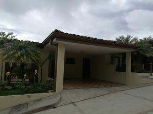 Casa En Alquileren Guachipelin, Escazu, Costa Rica, CR RAH: 17-916