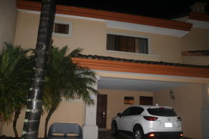 Casa En Ventaen Altos Paloma, Escazu, Costa Rica, CR RAH: 17-956