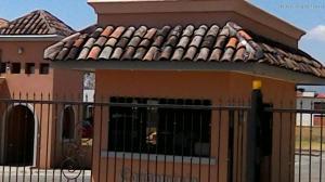 Terreno En Ventaen La Guacima, Alajuela, Costa Rica, CR RAH: 17-980