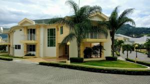 Casa En Ventaen Escazu, Escazu, Costa Rica, CR RAH: 17-982