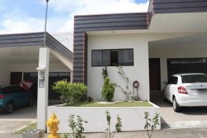 Casa En Ventaen Sabanilla, Alajuela, Costa Rica, CR RAH: 17-1041