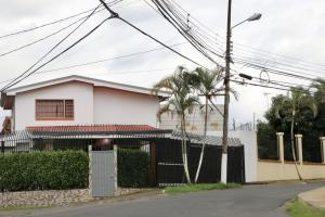 Casa En Ventaen Curridabat, Curridabat, Costa Rica, CR RAH: 17-1050