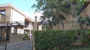Casa En Ventaen San Rafael Escazu, Escazu, Costa Rica, CR RAH: 18-52