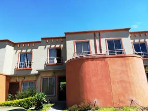 Casa En Ventaen Santa Ana, Santa Ana, Costa Rica, CR RAH: 18-50