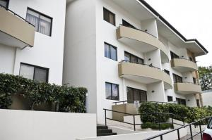 Apartamento En Alquileren Santa Ana, Santa Ana, Costa Rica, CR RAH: 18-113