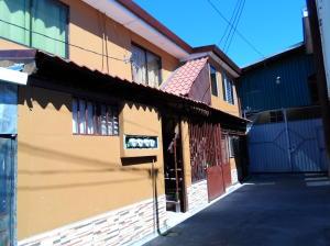 Casa En Ventaen Curridabat, Curridabat, Costa Rica, CR RAH: 18-124