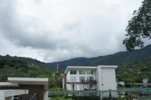 Apartamento En Alquileren Rio Oro, Santa Ana, Costa Rica, CR RAH: 18-127