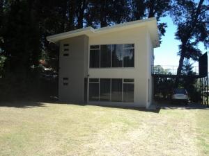 Apartamento En Alquileren San Rafael De Heredia, Heredia, Costa Rica, CR RAH: 18-128