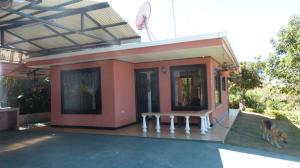 Casa En Alquileren Ciudad Colon, Santa Ana, Costa Rica, CR RAH: 18-134