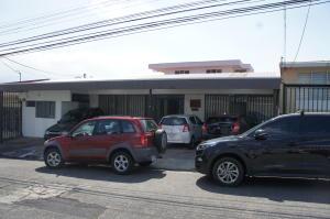 Oficina En Alquileren Montes De Oca, Montes De Oca, Costa Rica, CR RAH: 18-143